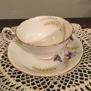 Royal Grafton 'Violet' Bone China Teacup/ Saucer